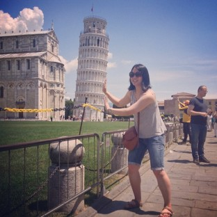 Mei with the Leaning Tower of Pisa.