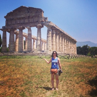 Mei with the Temple of Athena