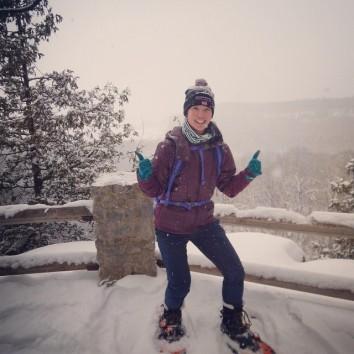 Mei snowshoeing