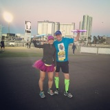 High fiving Meb – Rock 'n' Roll Las Vegas 5k, 2015 race recap